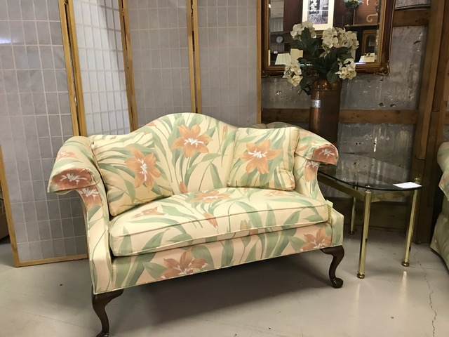 Ethan Allen Floral Settee 55L X 33D X 32H U2014 Location: Furniture At The  Firehouse
